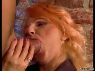 Vroče babi loves analno, brezplačno babi analno porno 9b