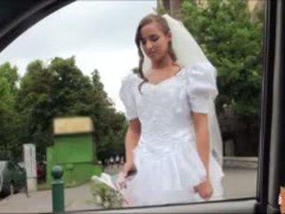 热 新娘 fucks 后 failed 婚礼