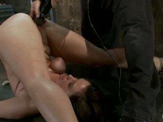 Brooke Lee Adams Br Orgasmed To Near U...