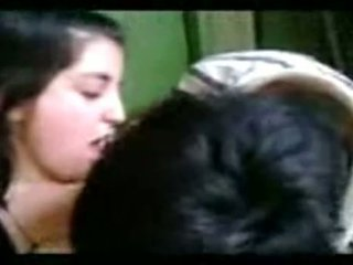 Argentinska flicka having kul efter klass