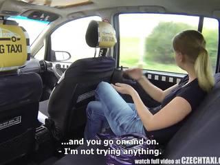 Čehinje taxi - blondinke najstnice gets vožnja od ji življenje