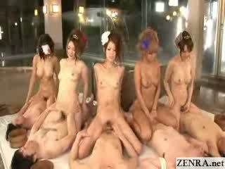 Jepang coordinated cowgadis pesta seks with group digawe nggo tangan