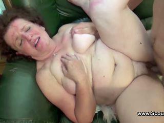 媽媽 抓 德語 男孩 和 得到 性交 在 所有 holes