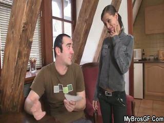 Bf finds övé lány cthat guyating