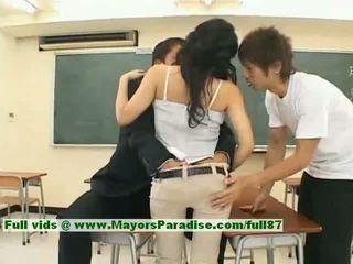 Sora aoi innocent seksi japonsko študent je getting zajebal