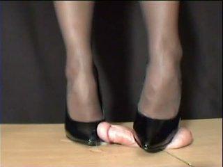 Meesteres arletta crushed in zwart stilettos