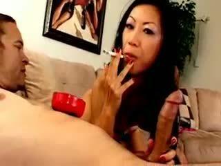 Chesty asia asu dia zerva smokes and gives bukkake