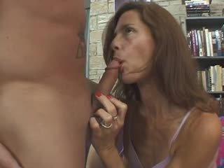 I Wanna Cum Inside Your Mom 21 - Scene 4