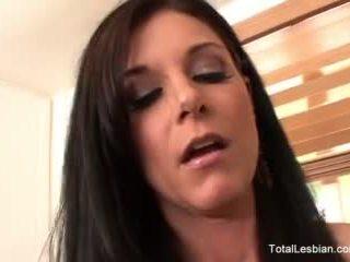 Nina hartley & charli piper เพศสัมพันธ์