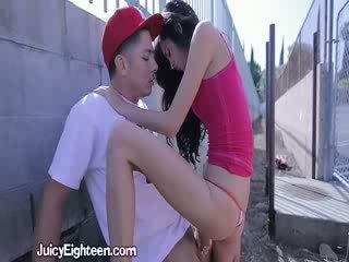 Zoey kush blows ham ut doors