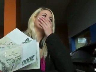 تشيكي وقحة yenna كس pounded إلى نقود