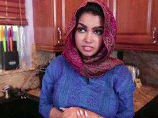 Mamalhuda arab jovem grávida ada gets fodido difícil