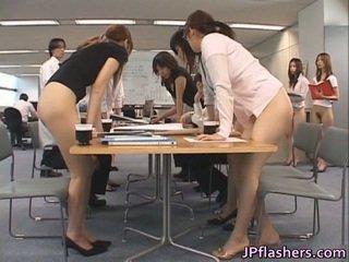 Azijke secretaries porno images