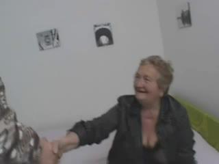 Sexy italienisch großmutter