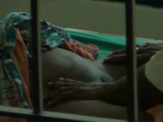Desi село двойка правя секс в болница видео