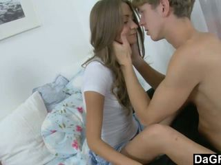 Young Beauty Gets Her First Facial Ever