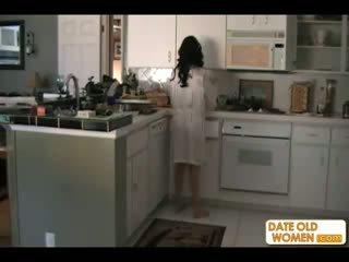 Lonely μητέρα που θα ήθελα να γαμήσω και stepson βίντεο