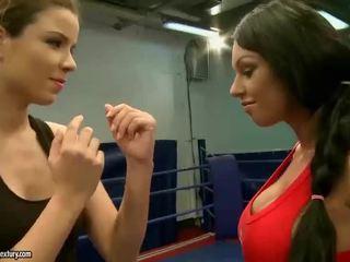 online brunetka, oglądaj lesbijka, oglądaj walka lesbijek gorące