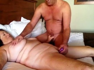 Afternoon sikiş part 1 garry mama cums