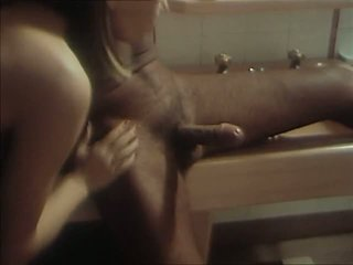 Bon chic bon genre mais salopes 1983 עם marilyn jess