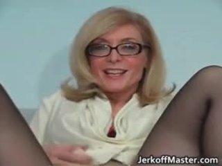 جنسي جبهة مورو nina hartley stripping