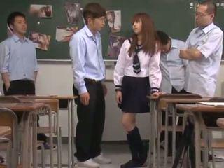 Ταϊλανδός/ή youngster σχολείο dolls has χύσιμο σπέρματος σε βαθιά στο λαιμό band shag σε αίθουσα διδασκαλίας