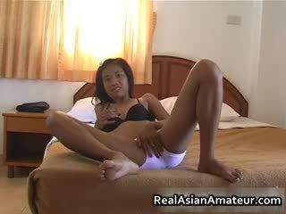 Oriental fata undresses ei limo de pe