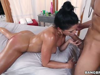 Diamond Kitty Brings Her Huge Ass for a Fuck: Free Porn 82