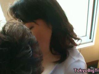 Japansk modell stor barmfager faen filmer