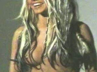 Christina aguilera leaked video - pilns video = bit.ly/1dckolu