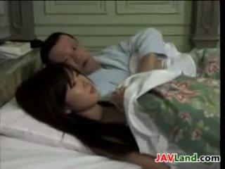 Magnifique japonais ménagère baise