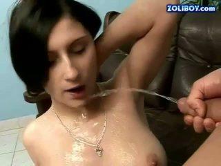 bruneta, pissing, cikať