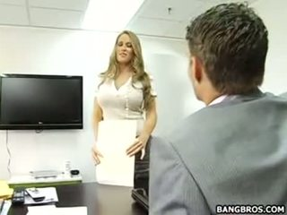 Jos geras į būti the sekretorė