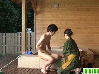 Japonais gal est épicé à sensuous porno
