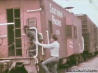 Railway 도착 laid