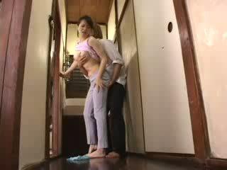 Jepang terangsang laki-laki attacked dia ibu tiri video