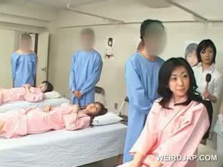 Azijke rjavolaska punca blows poraščeni shaft pri the bolnišnica