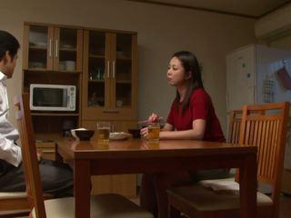 おっぱい, 日本の, 十代の若者たち