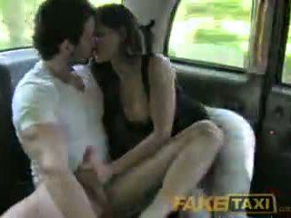 Faketaxi tabu dörtlü var sıcak seks içinde geri arasında taxi