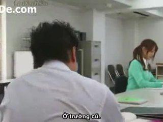 Phim bayan co giao thao du nhau voi hoc sinh vietsub (www.tuoide.com )
