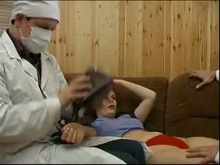Doctors forcing a пацієнт