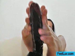 briunetė, pėdų fetišas, pėda