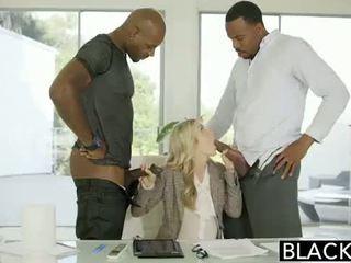 Blacked paroháč medzirasové porno na blacked.hugescock.com