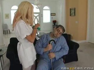 чука, сексапилен, медицинска сестра