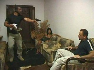 Brazilský paroháč fucked v přední na manžel podle irvinkloss