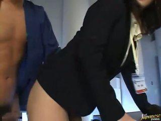 Asiatique nana est baisée bien