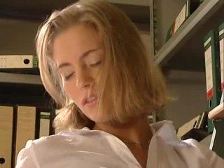 Anja juliette laval - seksi warga german setiausaha fucks beliau workmate