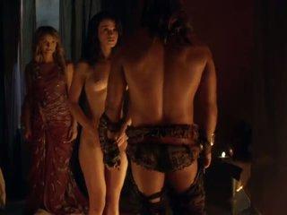 Spartacus bayan scenes complication