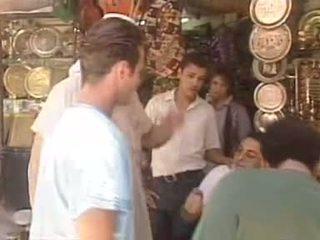 Regina sipos - egyptyian gaja fodido em loja