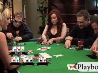 Pechugona chicas enjoyed jugando póquer con su cachonda men
